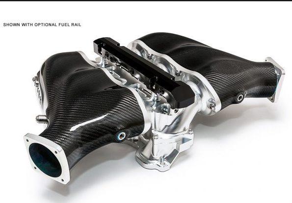 Alpha_GT-R_Carbon_Fiber_Intake_Fuel_Rail_1