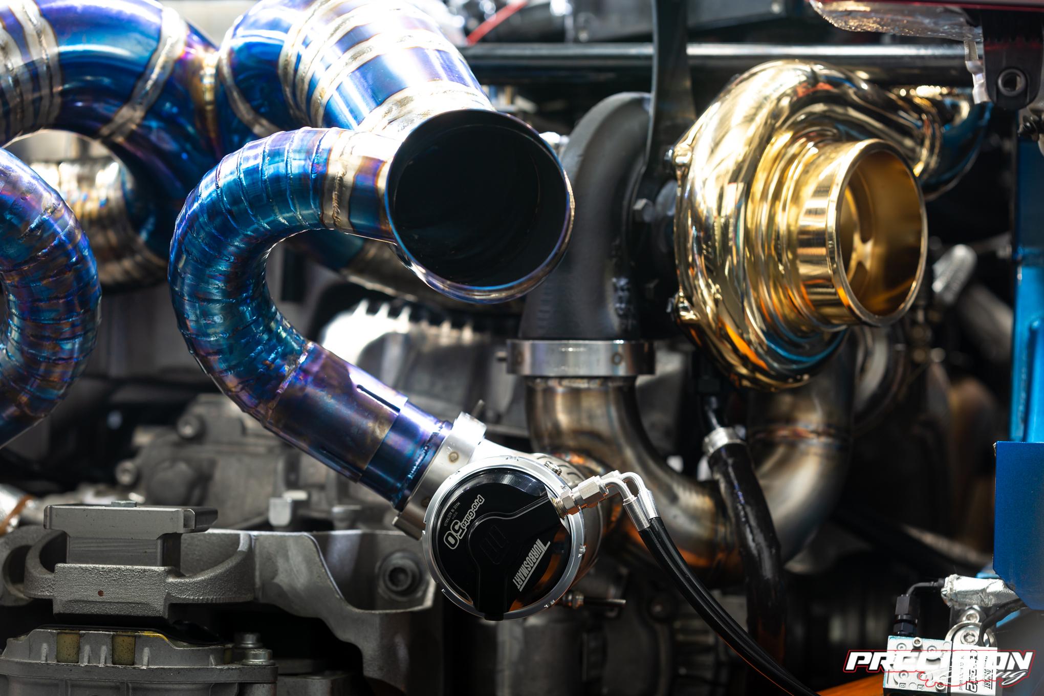 R8 twin turbo 11